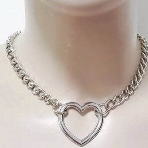 Jewelry - stainless steel chainlink heart necklace / choker